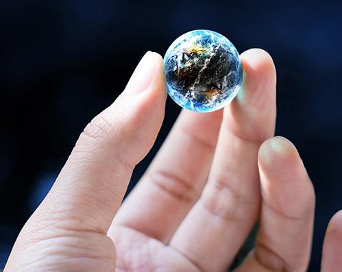 shrinking world globalisation